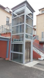 ELEVATEUR LYCEE ST PIERRE 03300 CUSSET